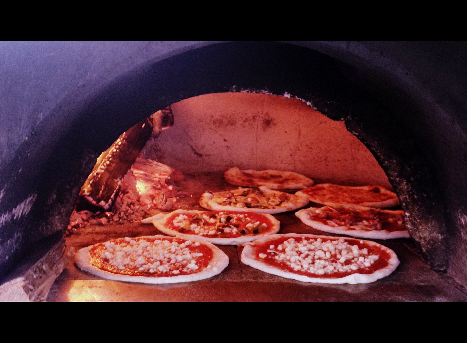 2013 - First Mobile Wood Oven Pizza in Byron Bay